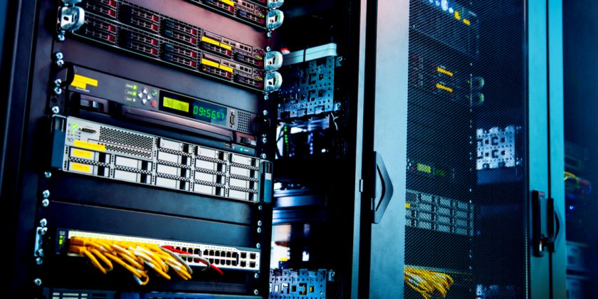 5 Factors Why You Should Be Using The Right Web Hosting Company